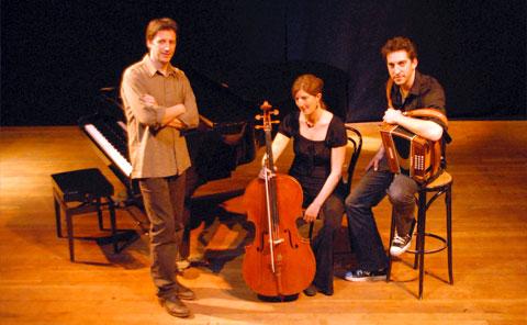 Dimanche 10/12 visite du conservateur et concert de «Sur Lesse Trio»